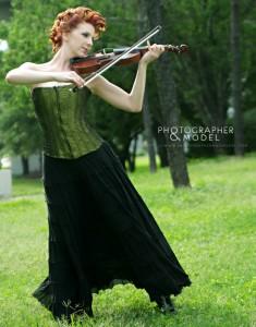 Roxy Vandiver Urban Violin